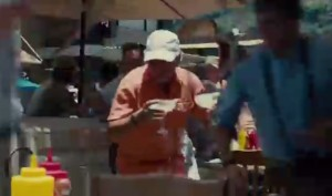 Jimmy Buffett saving 2 margaritas in Jurassic World (2015)
